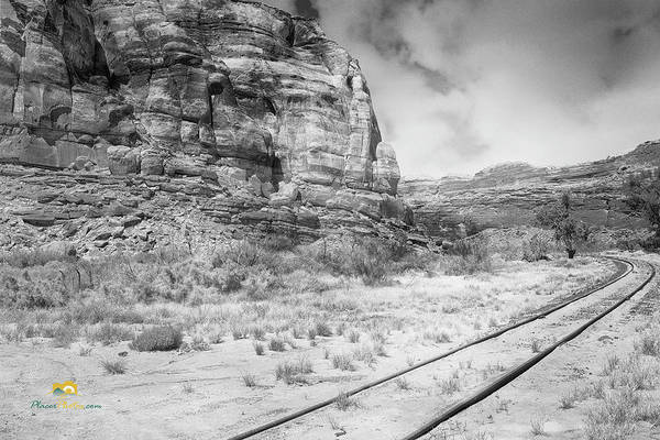 Photograph - Tracks Around The Bend by Jim Thompson