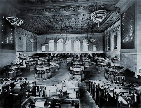 Market Place Photograph - Trading Floor Of The Former New York by Everett