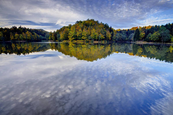 Trakoscan Lake In Autumn Art Print