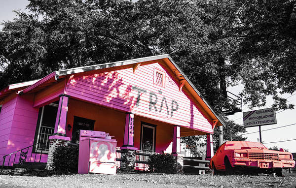 Hotlanta Photograph - Traphouse Bunkin by Kennard Reeves