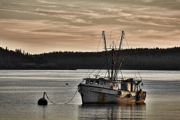Photograph - Trawler Sunrise #2 by Stuart Litoff