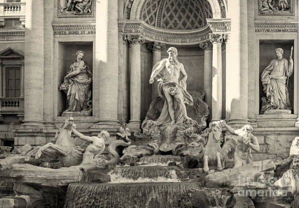 Photograph - Trevi Fountain by Prints of Italy