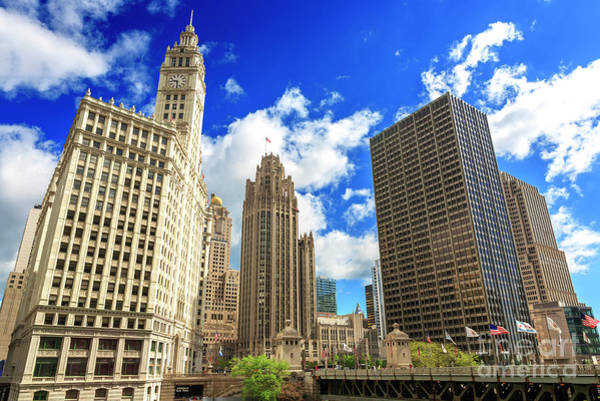Wall Art - Photograph - Chicago Tribune Tower In The Middle by John Rizzuto