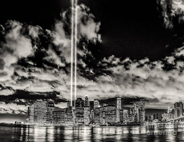 Photograph - Tribute Over Manhattan - Bw by Nick Zelinsky