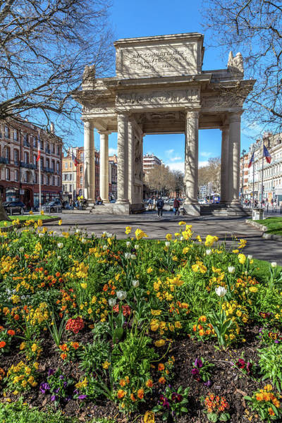 Wall Art - Photograph - Triumphal Arch In Toulouse by W Chris Fooshee