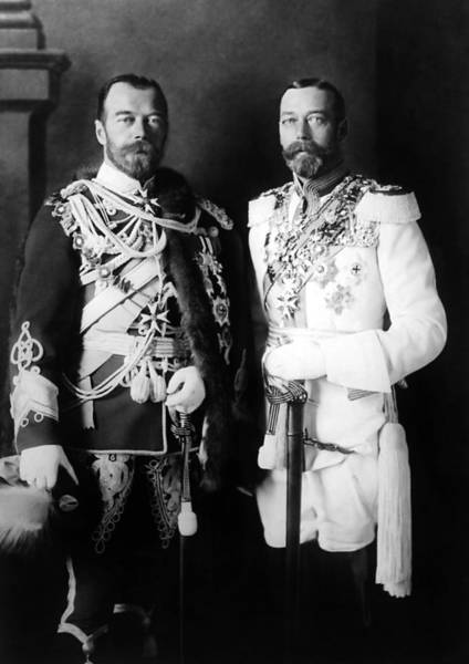 King George Wall Art - Photograph - Tsar Nicholas II And King George V - Royal Cousins - 1913 by War Is Hell Store