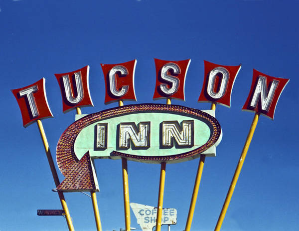 Tucson Inn Art Print