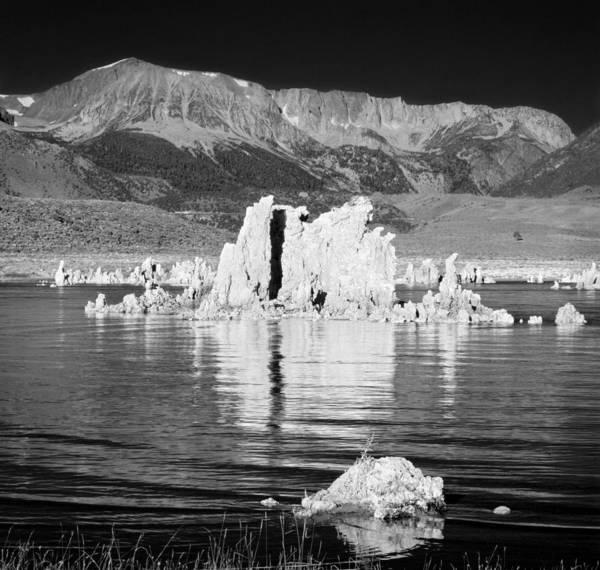 Neiman Photograph - Tufa Mono Lake And Eastern Sierra by Bob Neiman