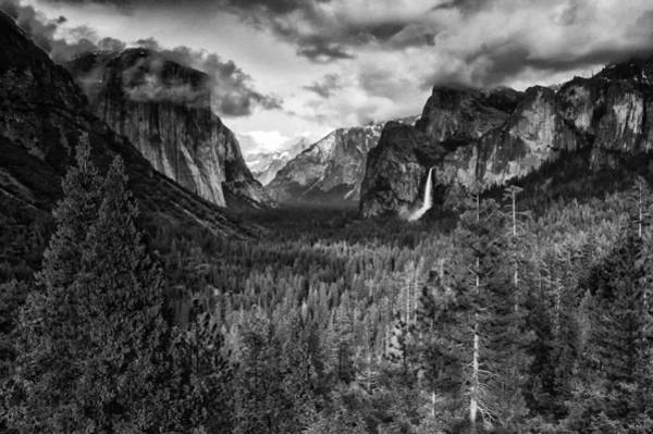 Photograph - Tunnel View Bw by Jim Dollar