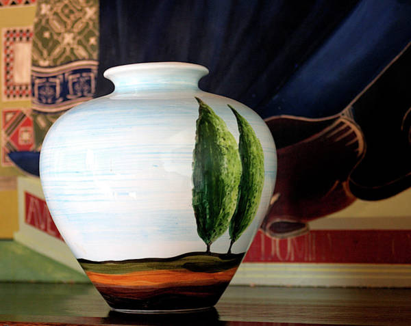 Photograph - Tuscan Vase And Tapestry by Vicki Hone Smith