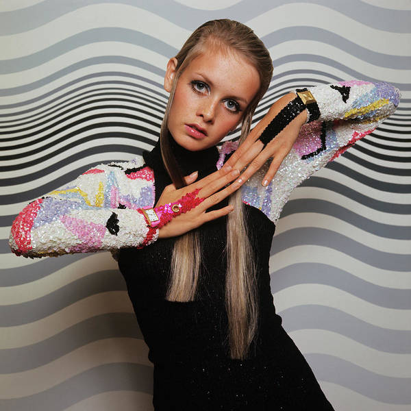 Wave Photograph - Twiggy Models In Front Of Waves by Bert Stern