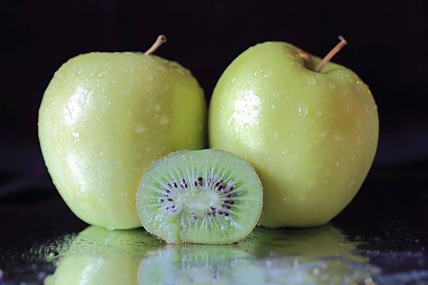 Photograph - Two Apples And A Kiwi by Angela Murdock