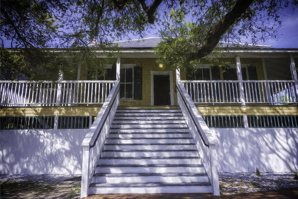 Photograph - Tybee Raised Cottage by Joan Carroll