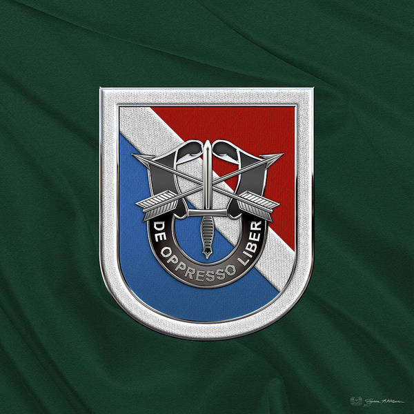Digital Art - U. S.  Army 11th Special Forces Group - 11 S F G  Beret Flash Over Green Beret Felt by Serge Averbukh