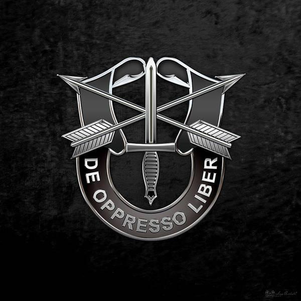 Digital Art - U. S.  Army Special Forces  -  Green Berets D U I Over Black Velvet by Serge Averbukh