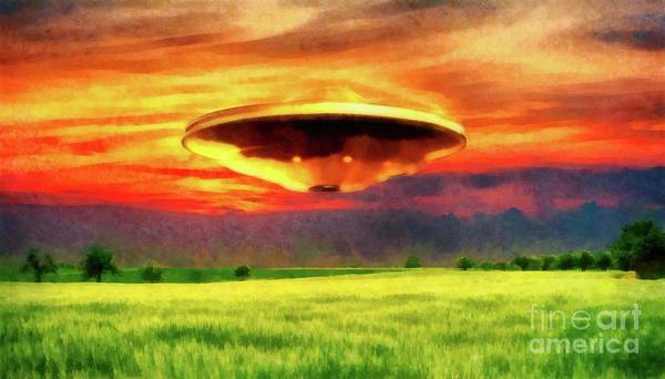 Area 51 Wall Art - Painting - Ufo At Sunset by Raphael Terra