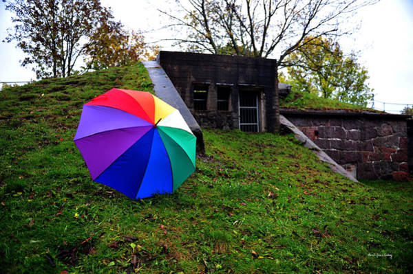 Comtemporary Photograph - Umbrella In Front by Randi Grace Nilsberg