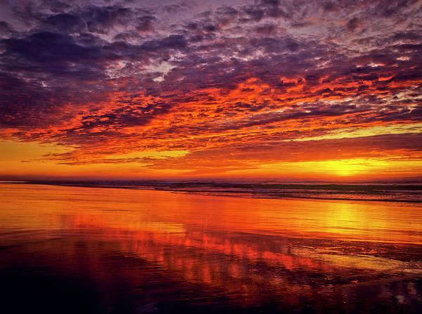 Photograph - Umpqua Beach At Sunset by Robert Potts