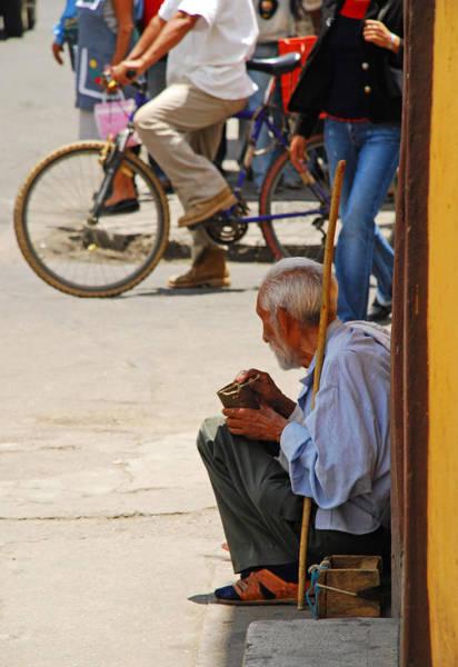 Photograph - Un Peso Por Favor by Skip Hunt