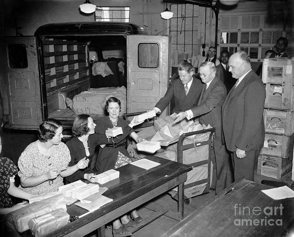Photograph - Unemployment Census, 1937 by Granger