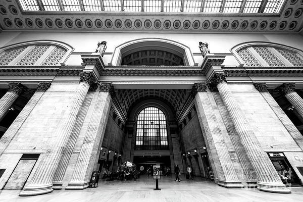 Wall Art - Photograph - Union Station Design Chicago by John Rizzuto