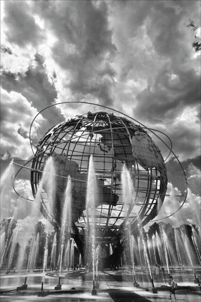 Unisphere And Fountains Flushing Meadow Park Nyc Art Print
