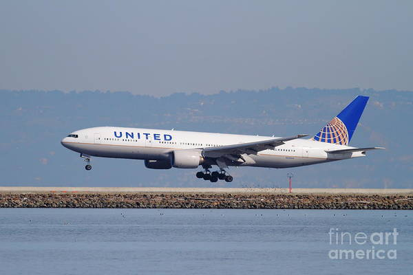 Wall Art - Photograph - United Airlines Jet Airplane . 7d11794 by Wingsdomain Art and Photography