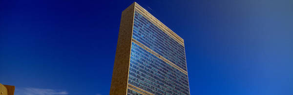 N.c Wall Art - Photograph - United Nations Building, New York by Panoramic Images