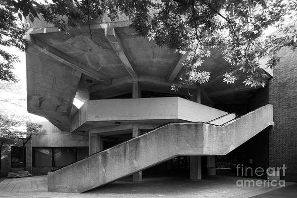 Photograph - University Of Illinois Chicago Behavioral Science Building  by University Icons