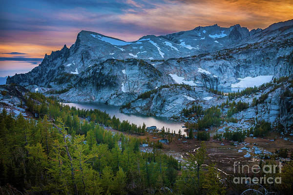Alpine Lakes Wilderness Photograph - Upper Enchantments by Inge Johnsson