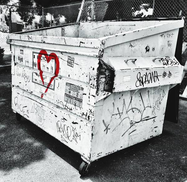 Photograph - Urban Love by Brad Hodges