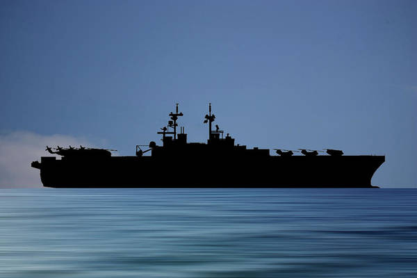 Amphibious Assault Ship Wall Art - Photograph - Uss Essex 1992 V4 by Smart Aviation