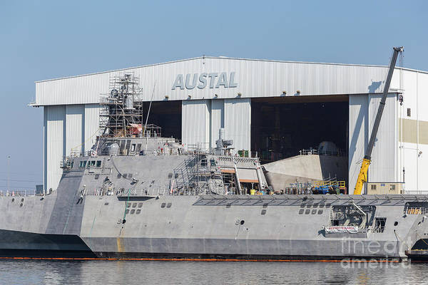 Photograph - Uss Manchester At Austal Shipyard IIi by Clarence Holmes