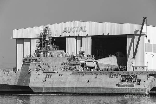 Photograph - Uss Manchester At Austal Shipyard Iv by Clarence Holmes