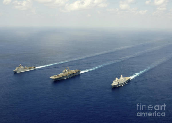 Amphibious Assault Ship Wall Art - Photograph - Uss Pearl Harbor, Uss Makin Island by Stocktrek Images