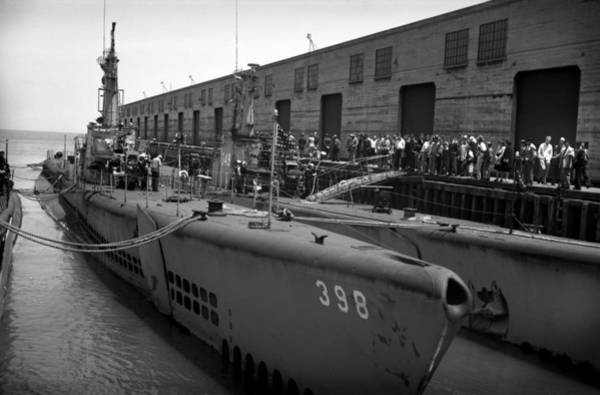 Diodon Photograph - Uss Segundo Submarine 1946 by Waldemar Sievers