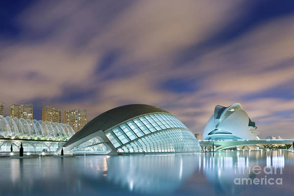 Arte Photograph - Valencia 2 by Rod McLean