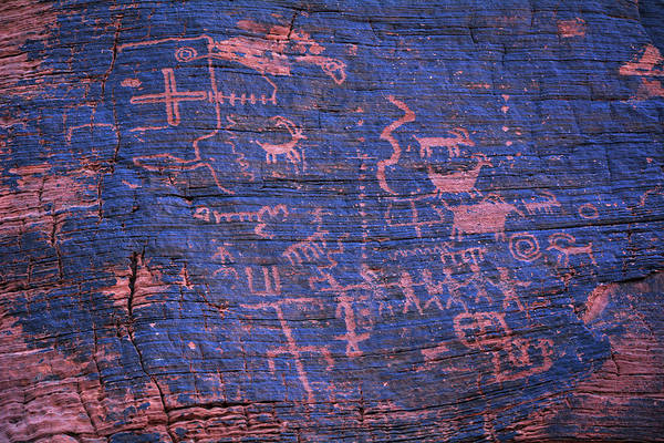 Photograph - Valley Of Fire State Park Petroglyphs by Kyle Hanson