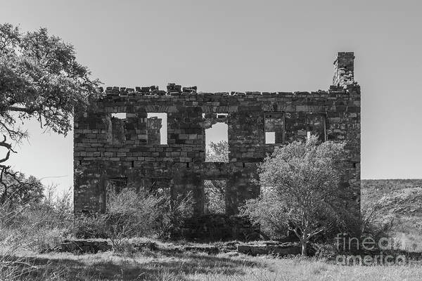 Photograph - Valley Spring Ruins - 2359  Monochrome by Teresa Wilson