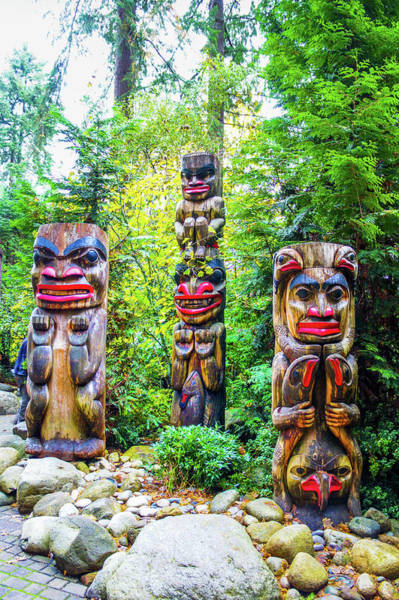 Wall Art - Photograph - Vancouver Totem by Art Spectrum