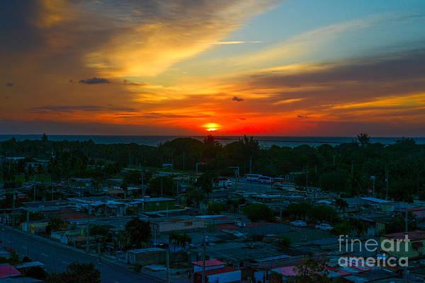 Photograph - Varadero Sunrise by Les Palenik