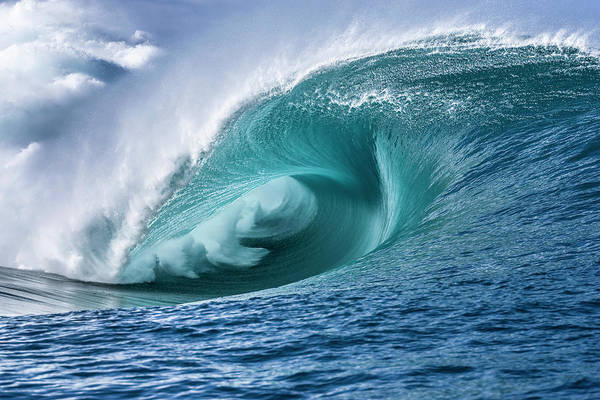 Polynesia Wall Art - Photograph - Velocity Curl by Sean Davey