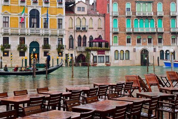 Wall Art - Photograph - Venezia Ambiance by Frozen in Time Fine Art Photography