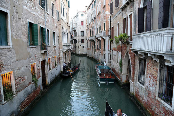 Photograph - Venice Canals 8 by Andrew Fare