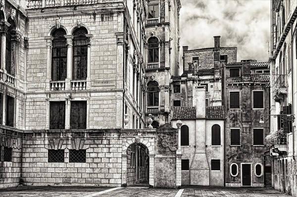 Photograph - Venice Courtyard by Mick Burkey