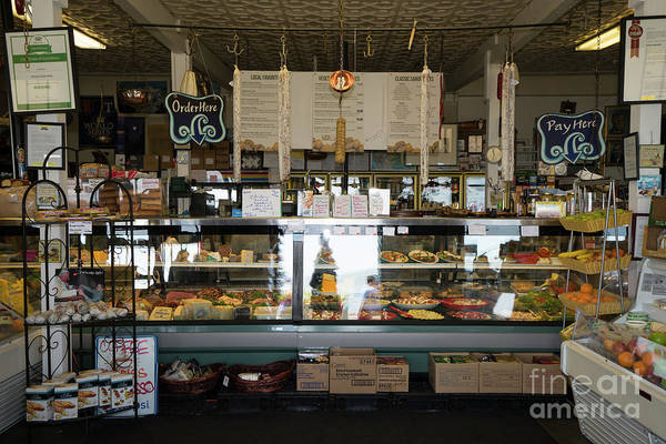 Photograph - Venice Gourmet Boutique On Bridgeway Sausalito California Dsc6058 by Wingsdomain Art and Photography