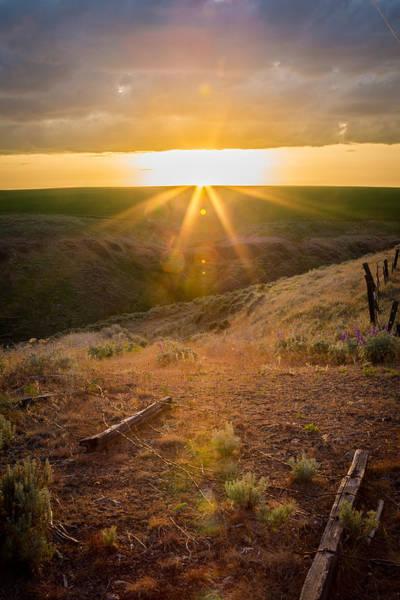 Lewiston Photograph - Vertical Sunset Atop The Lewiston Hill by Brad Stinson