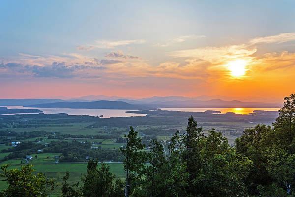 Photograph - Vibrant Sunset Over Lake Champlain And The Adirondacks From Mount Philo Charlotte Vermont by Toby McGuire