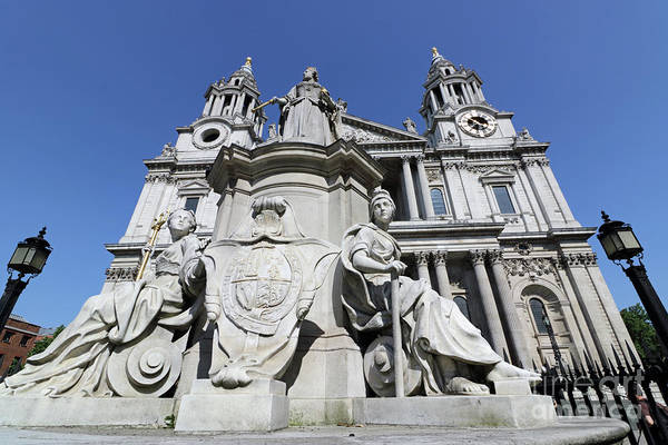 Photograph - Victoria Statue At St Pauls Cathedral by Julia Gavin