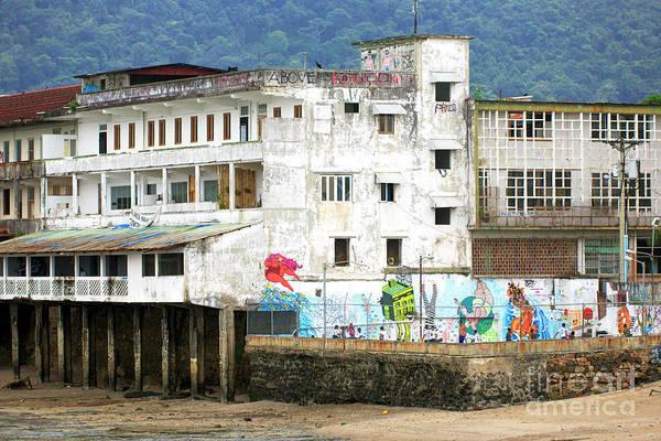 Vida Wall Art - Photograph - Vida De Barrio Panama City by John Rizzuto